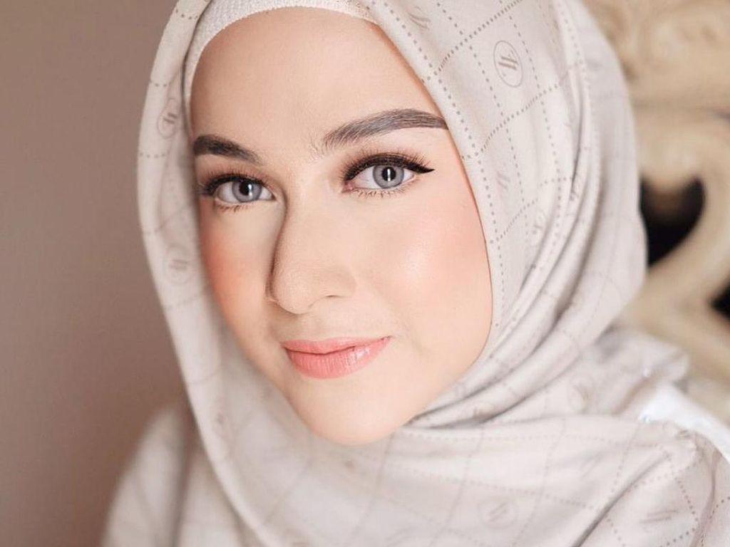 Foto: Pesona 12 Ratu FTV Indonesia yang Kini Berhijab