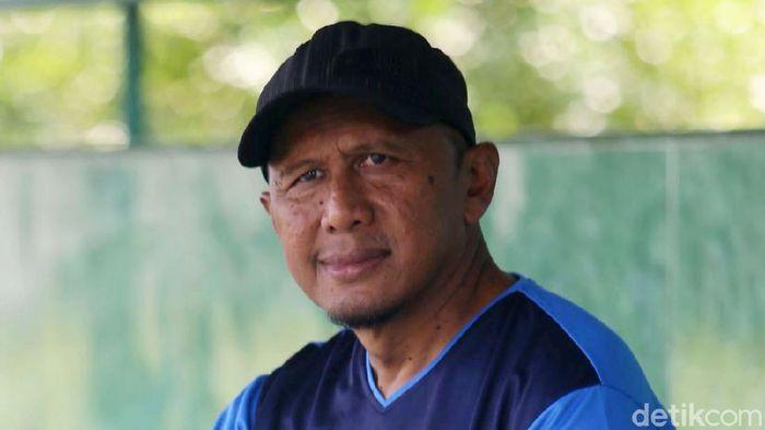 Rahmad Darmawan Latih PS Tira Persikabo  Pelatih kawakan Indonesia Rahmad Darmawan dipercaya oleh tim PS Tira Persikabo untuk menjadi juru taktik, Bogor, Jumat (3/5/2019). Grandyos Zafna/detikcom