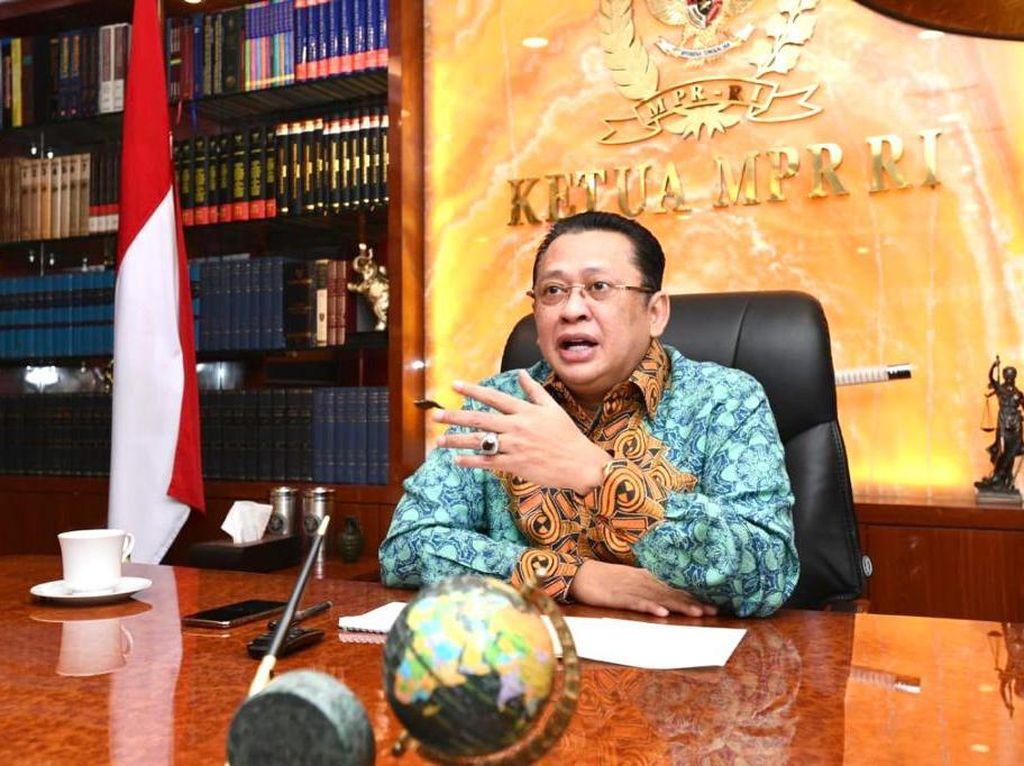 Haji Batal, Ketua MPR Saran Pemerintah Beri Stimulus Agen Travel