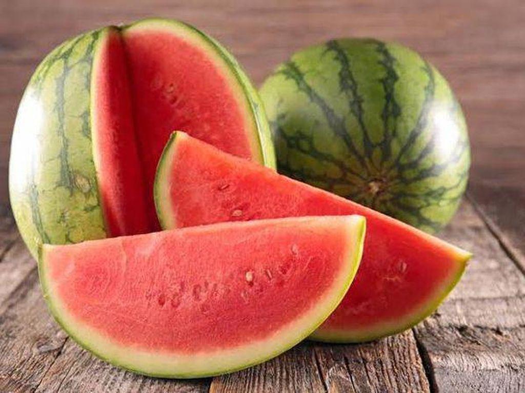 11 Buah untuk Diet yang Rendah Gula dan Bikin Kenyang