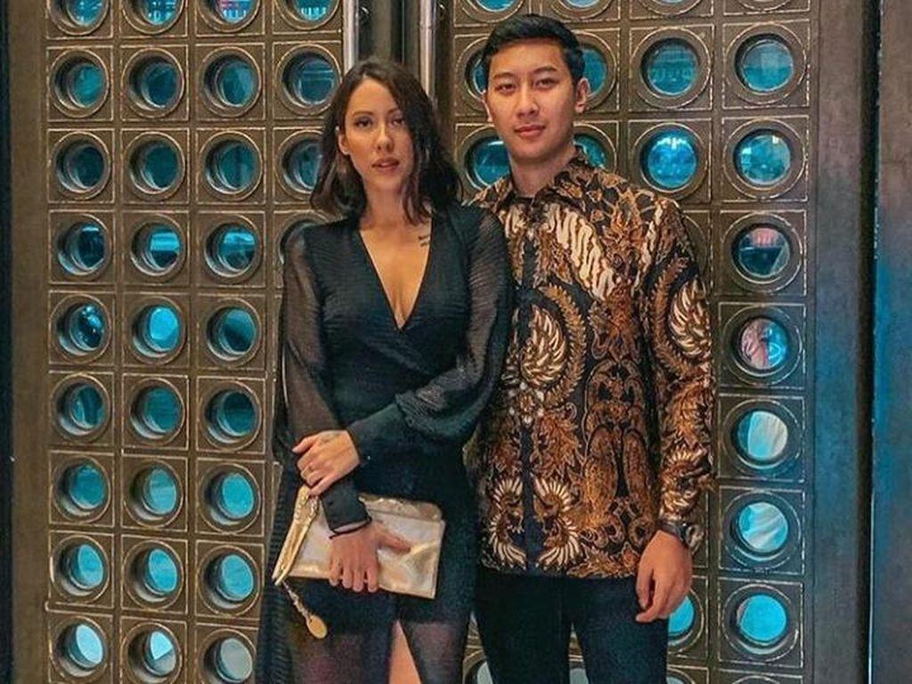 Pamer Selfie, Putra Tommy Soeharto Rayu DJ Patricia Schuldtz