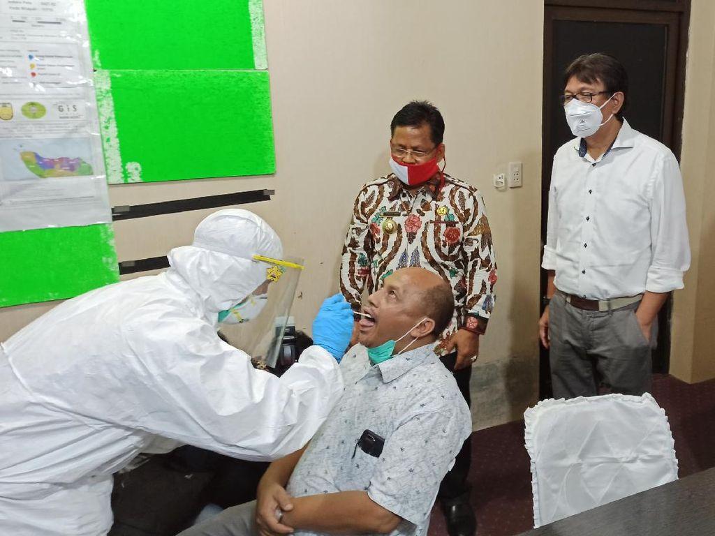 Gelar Tes Swab Massal, Wali Kota Klaim Banda Aceh Siap Terapkan New Normal