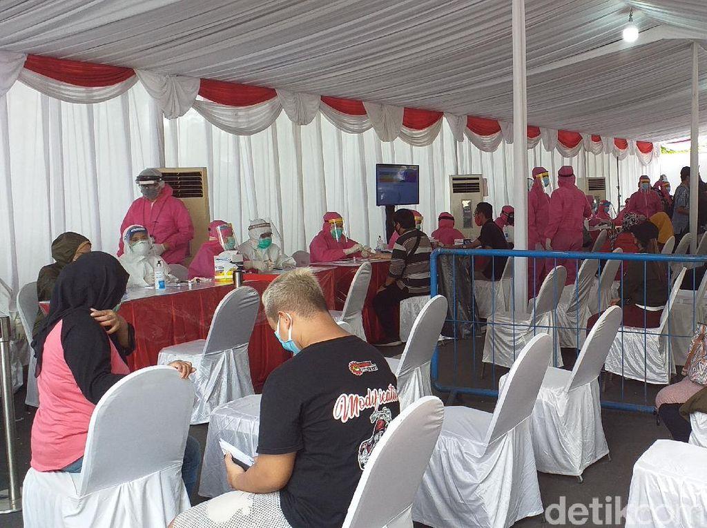 Ada Kuota 1.000 Warga Surabaya, Rapid Test dan Swab Massal Digelar di Keputih