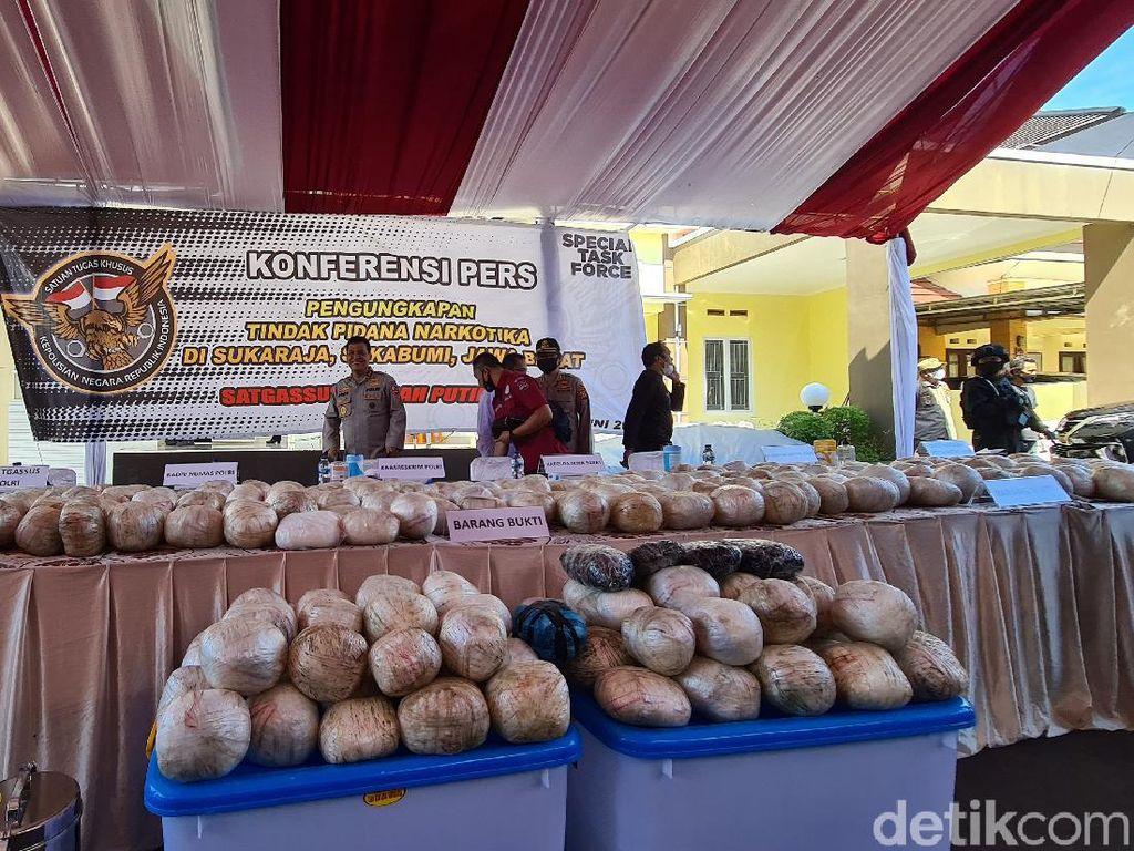 Sabu 402 Kilogram di Sukabumi, Ketua RW: Dibungkus Mirip Bola