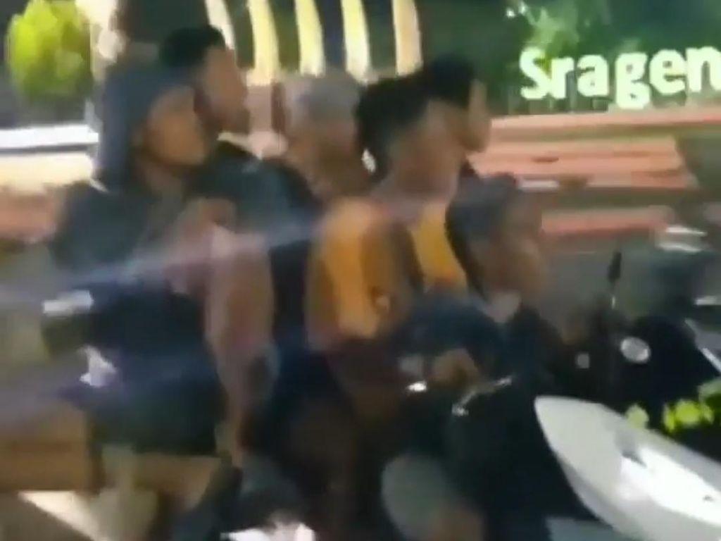 Ulah Membahayakan 6 Remaja Boncengan 1 Motor di Jalanan Sragen