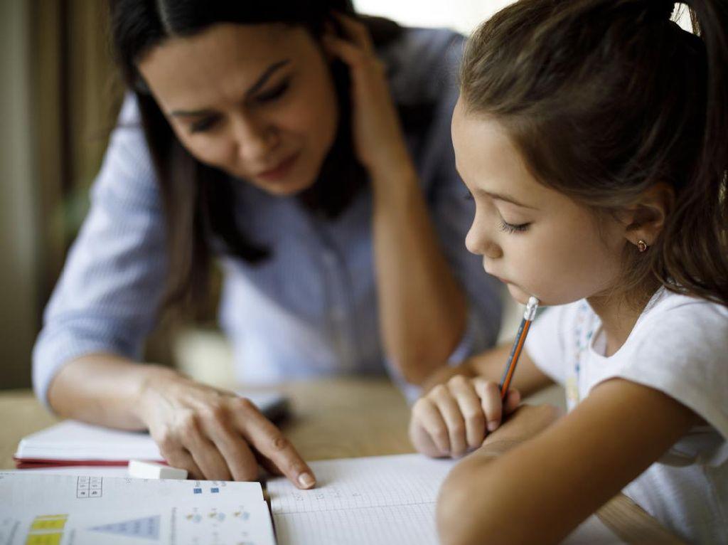 Curhat Emak-emak Bekerja, Saat Anak Sekolah Online Tanpa Ada Ortu