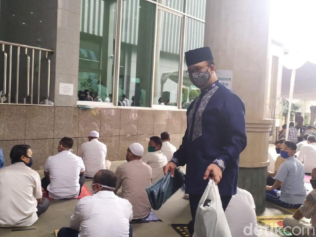 Video Salat Jumat di Masjid Balai Kota DKI Dihadiri Anies Baswedan