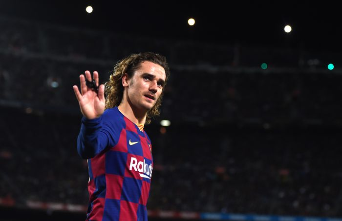 BARCELONA, SPAIN - MARCH 07: Antoine Griezmann of FC Barcelona looks on during the La Liga match between FC Barcelona and Real Sociedad at Camp Nou on March 07, 2020 in Barcelona, Spain. (Photo by Alex Caparros/Getty Images)