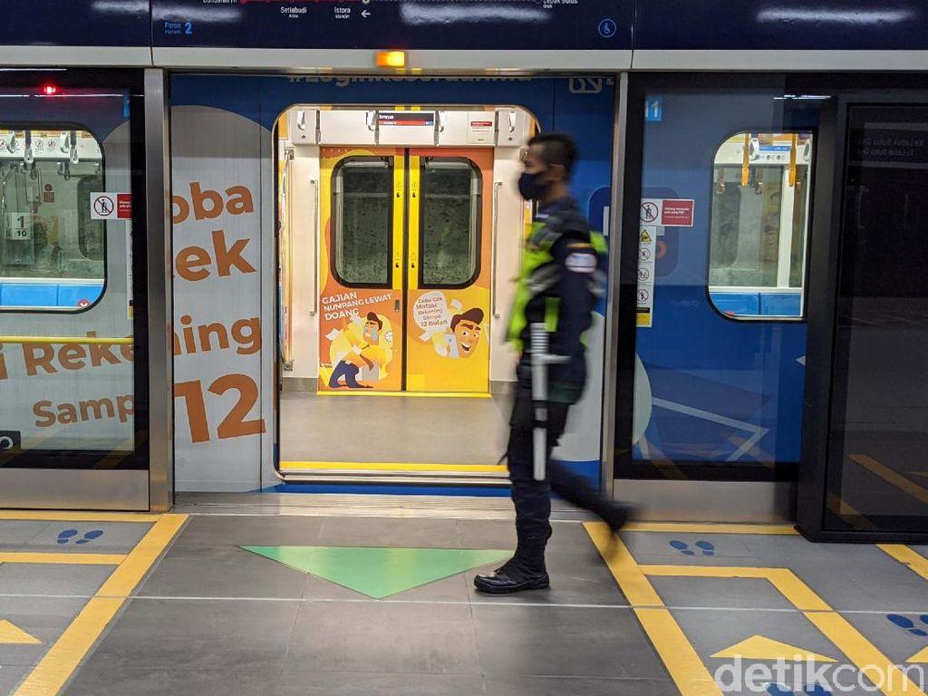 PSBB Transisi DKI, Ini Batas Operasional TransJ hingga MRT-LRT