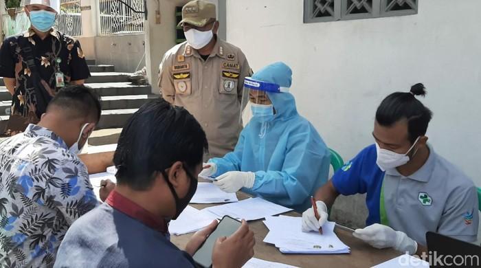 Rapid Test di Masjid Sukabumi
