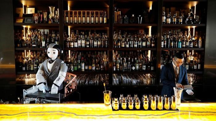 Robot bartender di bar Korea Selatan
