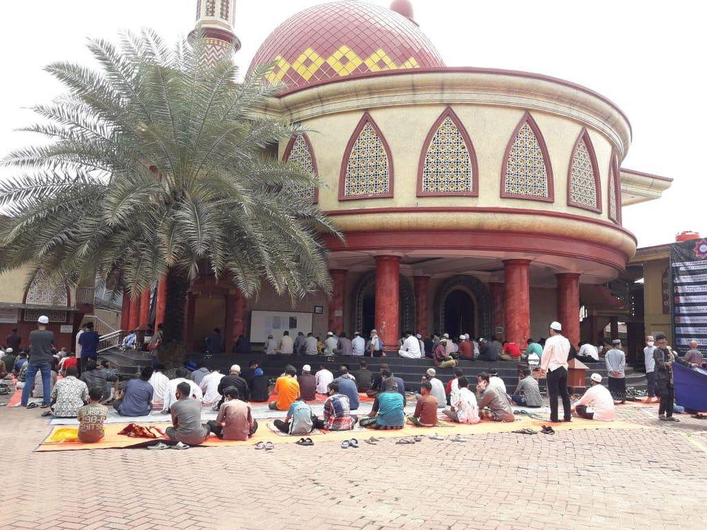 Ada Anak-anak Ikut Salat Jumat di Masjid, Satpol PP Depok: Sudah Diingatkan