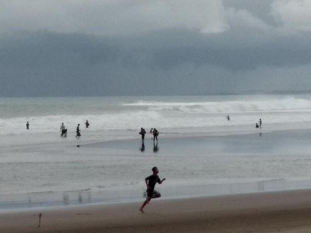 Pantai Pangandaran Dibuka, Cuma Warga Jabar yang Boleh Berkunjung