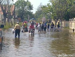 Warga Pekalongan Sebut Banjir Rob Ini yang Terbesar Sejak Puluhan Tahun