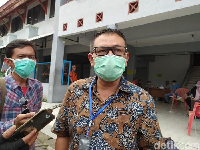 Bantuan dua mobil PCR dan rapid test gratis dari BIN untuk Surabaya diperpanjang satu pekan ke depan. Itu karena tingginya antusiasme masyarakat yang ingin rapid test.