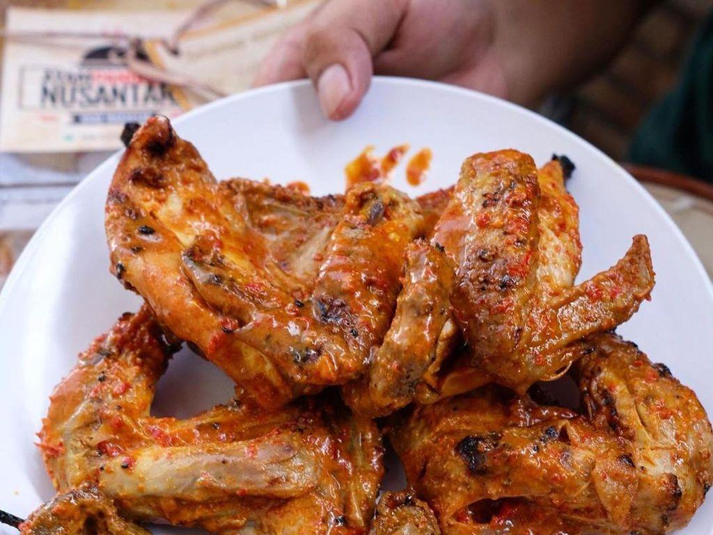 Surabaya Jadi Zona Hitam, Pesan Makanan Online Saja di Sini