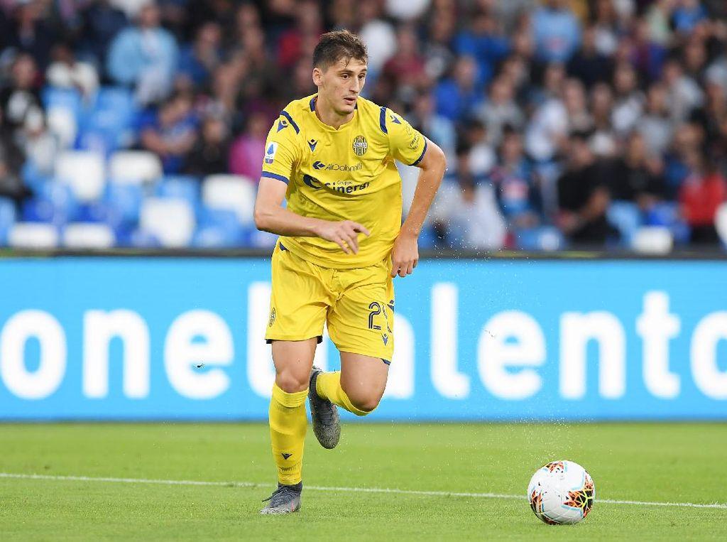 Rumor Transfer: Juventus Makin Dekat dengan Kumbulla