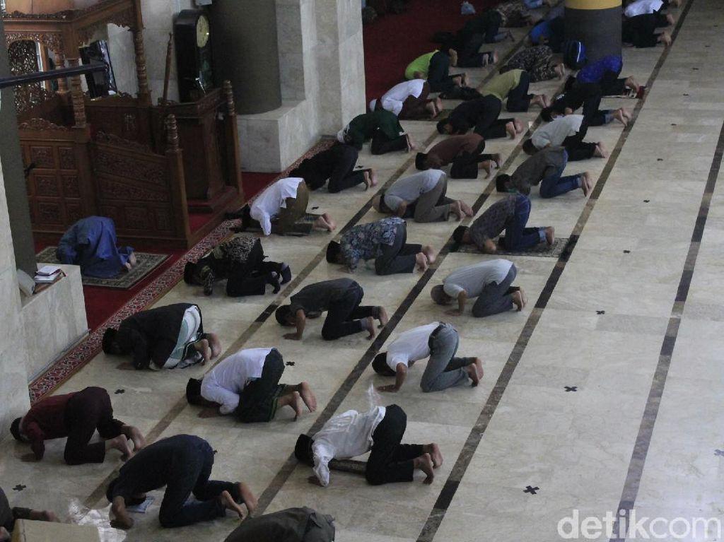 Besok, Masjid Raya Bandung Kembali Gelar Jumatan