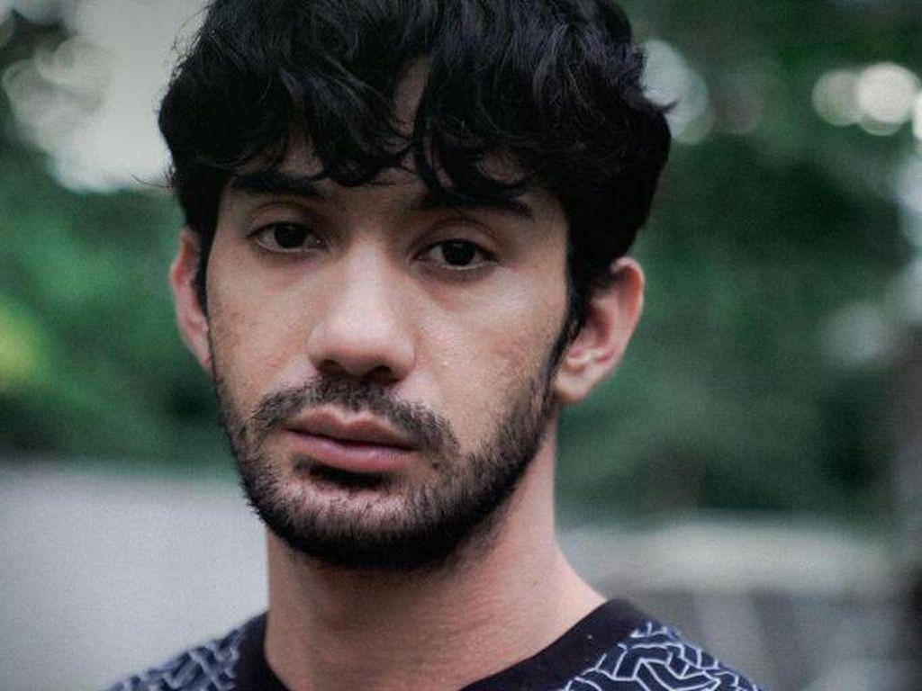 Mengintip Syuting Serial Sementara, Selamanya Besutan Reza Rahadian