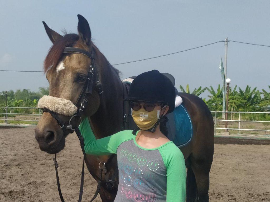 Ditengah Pandemi COVID-19 Atlet Berkuda Equestrian Tetap Berlatih