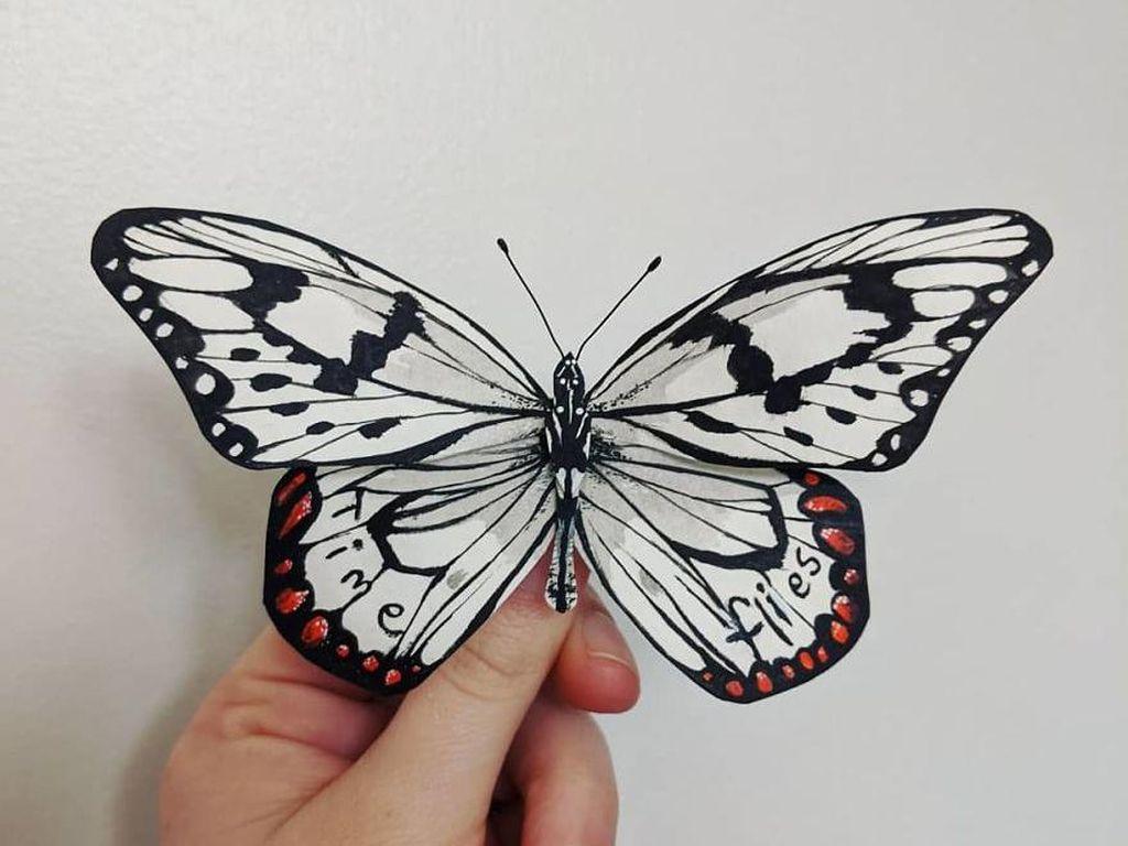 Seniman Ini Bikin Kupu-kupu Kertas yang Realistis Banget
