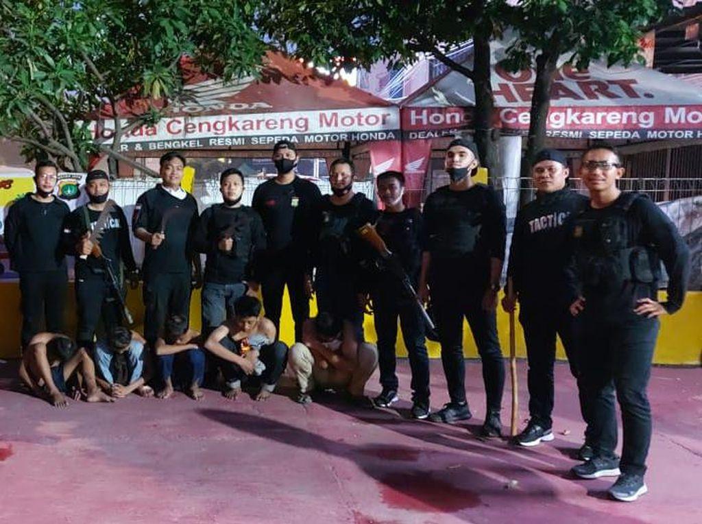 Hendak Tawuran, 5 Remaja di Cengkareng Ditangkap Polisi