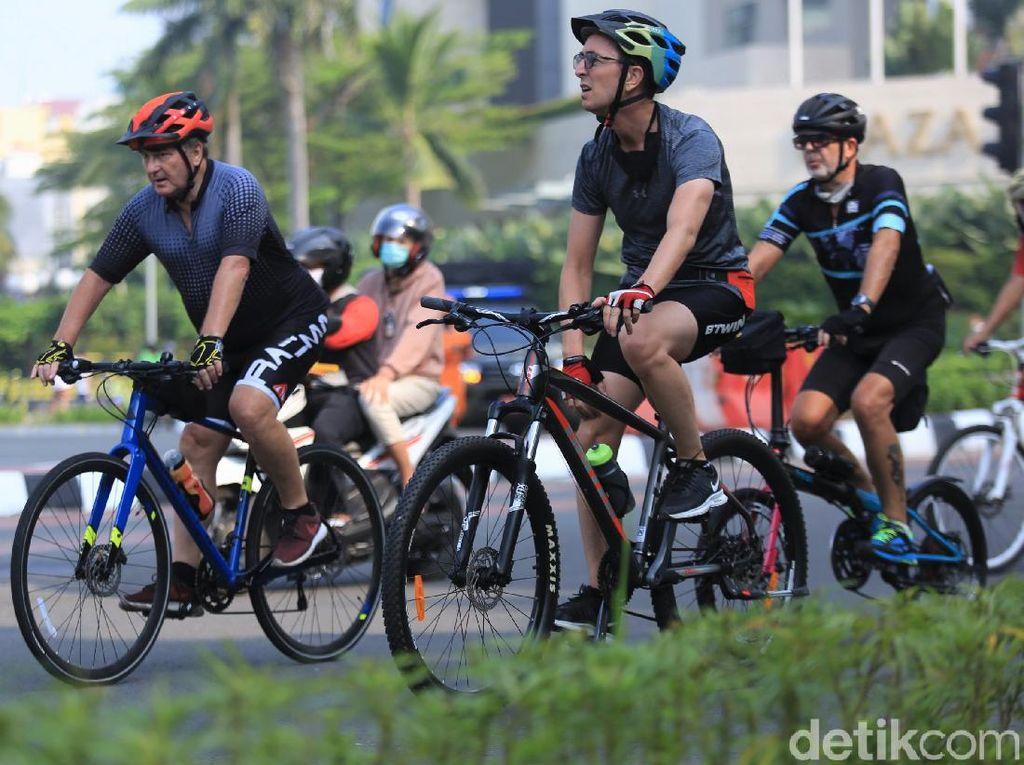 Biar Tak Jadi Korban Ditabrak Kendaraan, Ini Tips Aman Bersepeda
