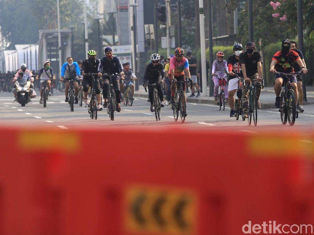 Ramai Pesepeda Konvoi Sampai Makan Badan Jalan, Jangan Begitu Dong