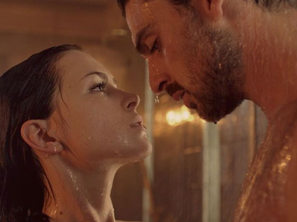 Tampilkan Adegan Seks Antara Penculik dan Korban, Film Netflix Ini Dihujat