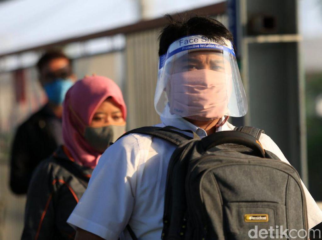 Dibagi Jadi 2 Gelombang, Ini Aturan Jam Kerja New Normal di Jabodetabek