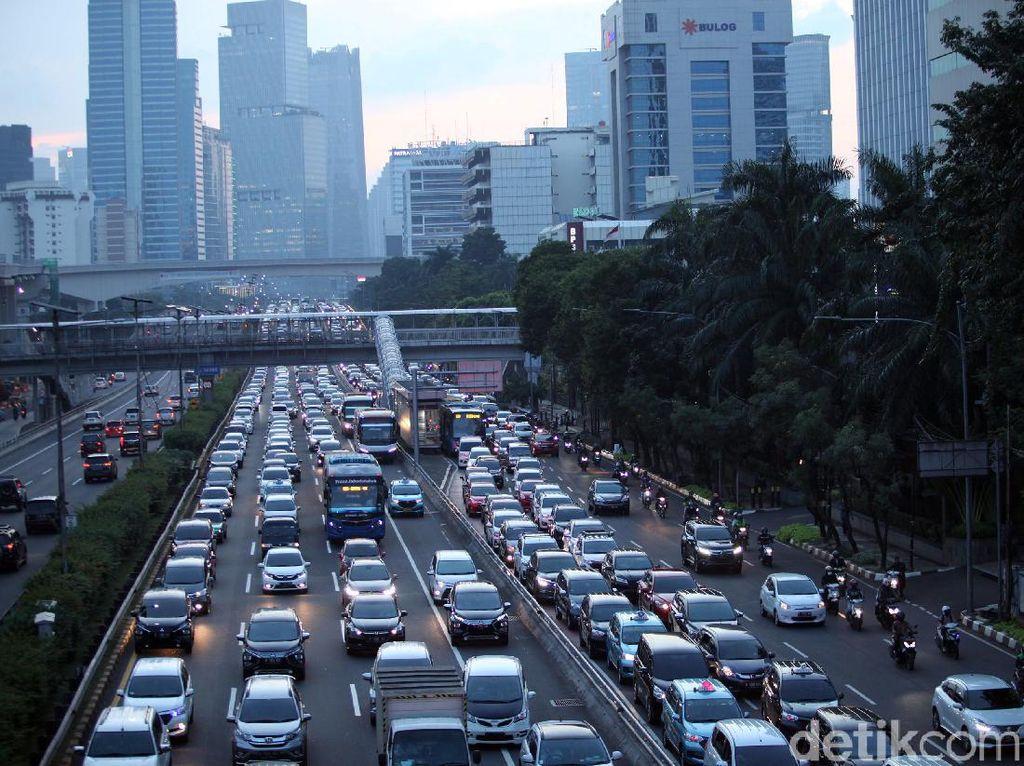 Jumlah Pengguna Kendaraan Pribadi di Jakarta Hampir Normal Lagi