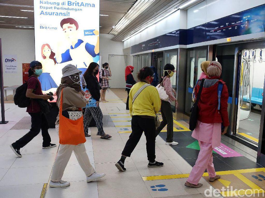 Mulai Besok, TransJakarta-MRT Hanya Beroperasi Sampai Pukul 20.00 WIB