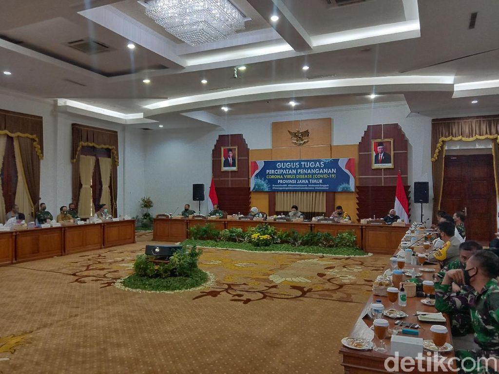 Gubernur Khofifah Putuskan Tidak Perpanjang PSBB Surabaya Raya