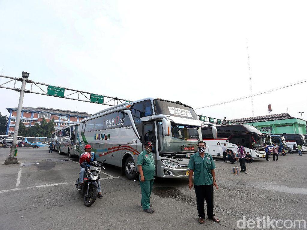 H-7 Libur Akhir Tahun, Harga Tiket Bus Bakal Naik 15%