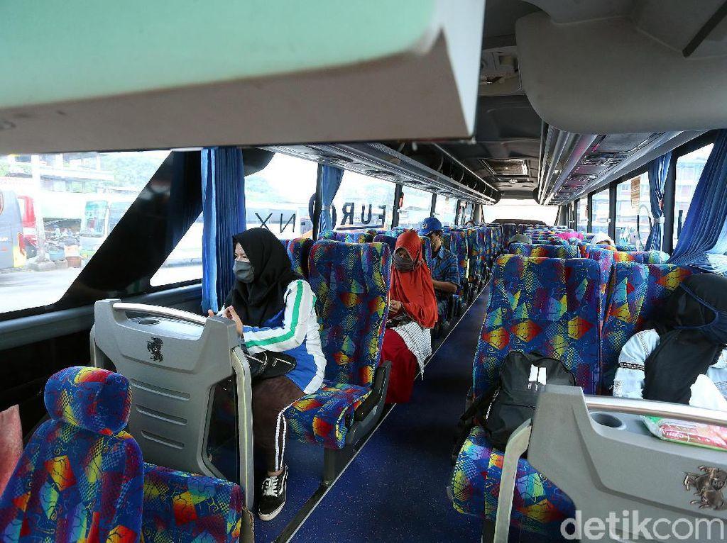 H-2 Idul Adha Sudah 500-an Orang Balik Kampung Naik Bus AKAP