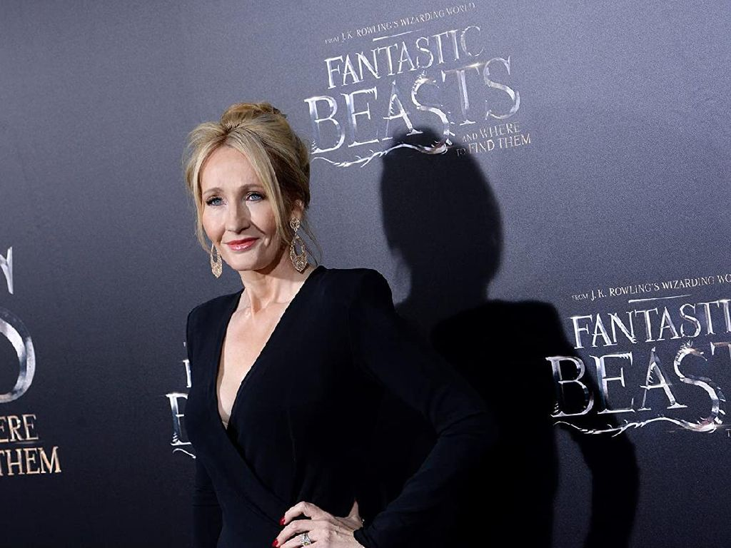 JK Rowling Ngaku Pernah Alami KDRT dan Pelecehan Seksual