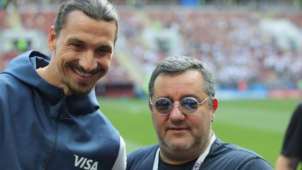 MOSCOW, RUSSIA - JUNE 17:  Carmine Raiola looks on with Zlatan Ibrahimovic  prior to the 2018 FIFA World Cup Russia group F match between Germany and Mexico at Luzhniki Stadium on June 17, 2018 in Moscow, Russia.  (Photo by Alexander Hassenstein/Getty Images)