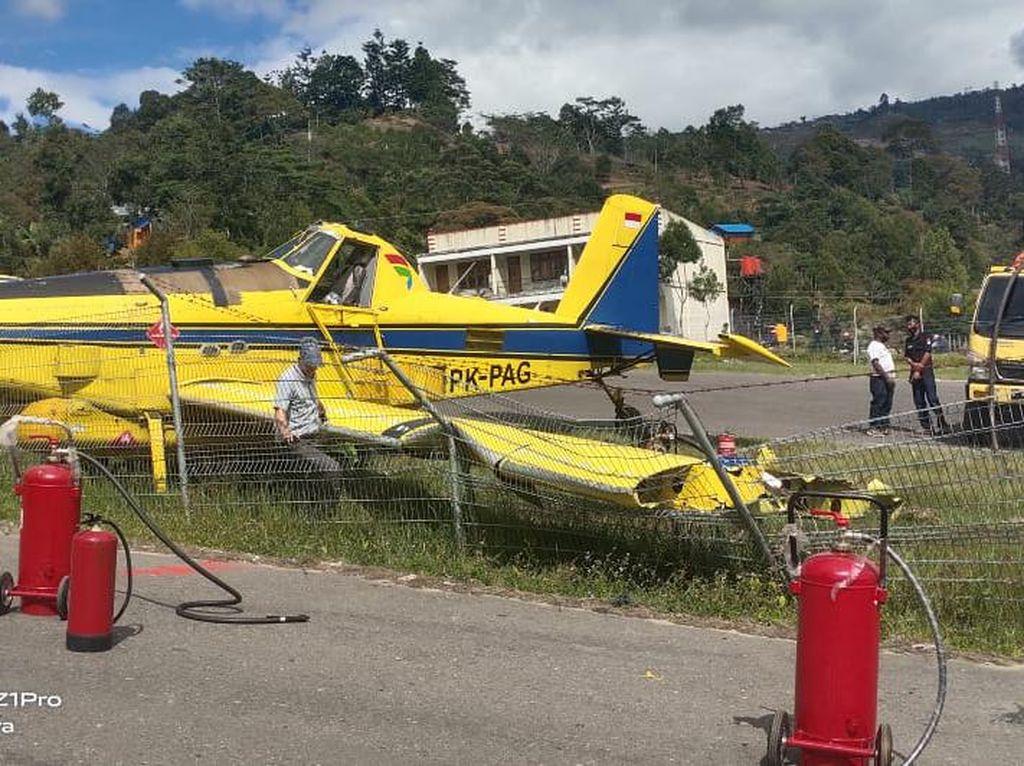 Pesawat Pengangkut BBM Tergelincir di Bandara Karubaga Papua