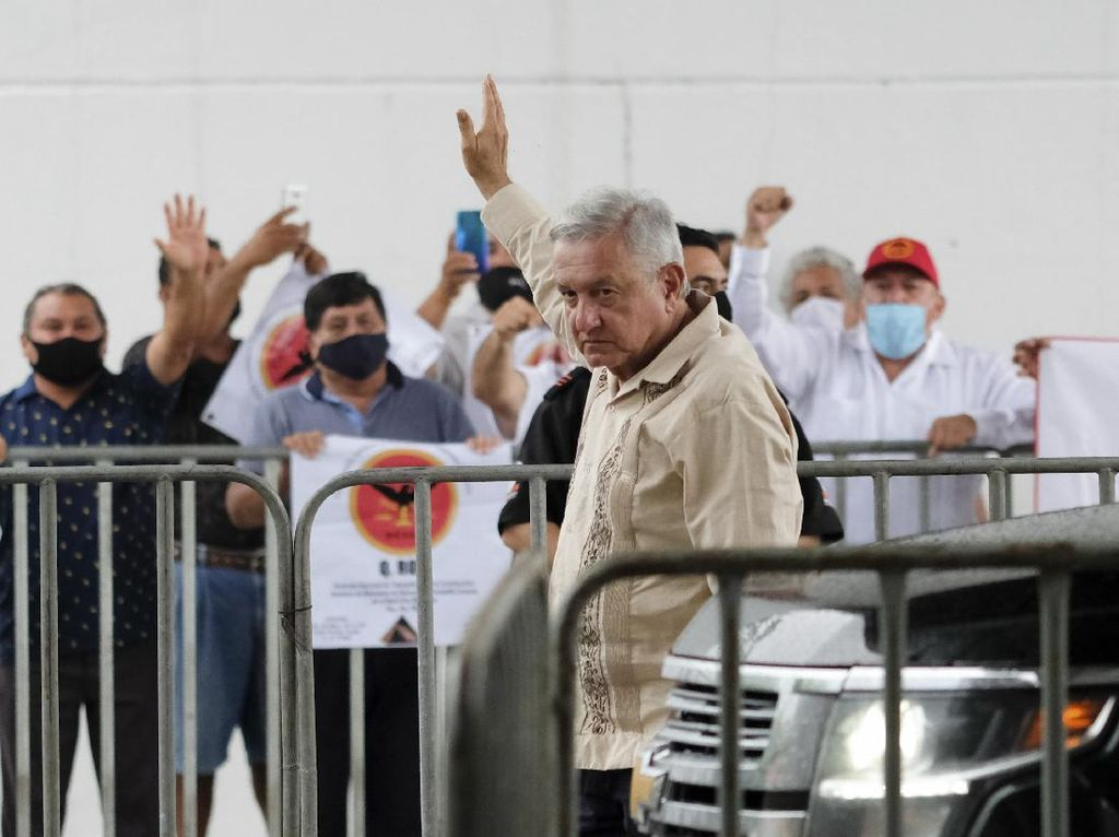 Presiden Meksiko Lewati Fase Kritis Corona, Bom Meledak di Kedutaan Israel