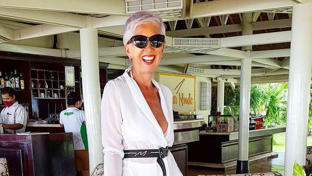 Foto: Model Inggris yang Tinggal di Bali, Masih Awet Muda & Seksi di Usia 62