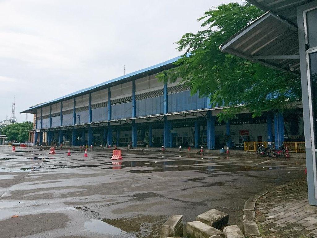 Pelabuhan Sudah Kembali Normal, Terminal Merak Masih Belum Beroperasi