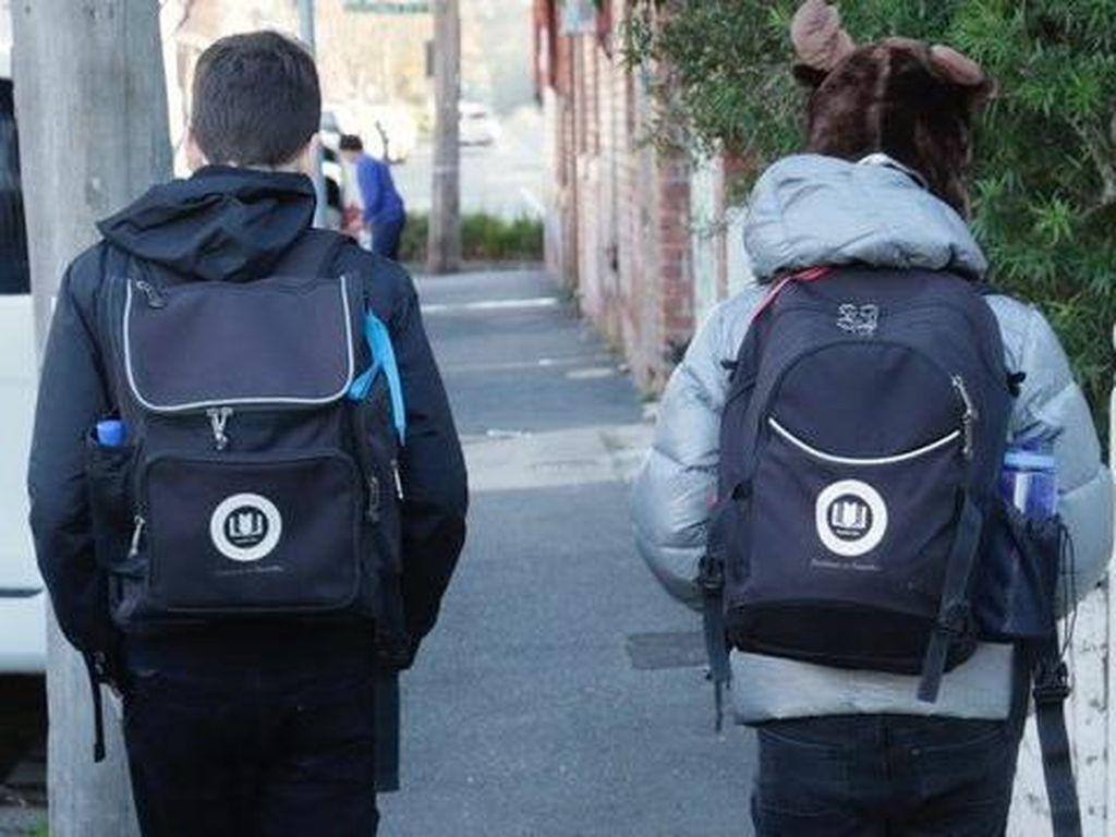Perkembangan Virus Corona di Australia: Murid Sekolah di Victoria Masuk Lagi