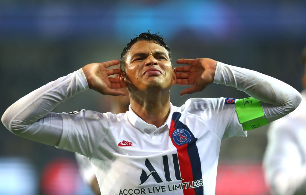 BRUGGE, BELGIUM - OCTOBER 22: Thiago Silva of Paris Saint-Germain celebrates with the fans following the UEFA Champions League group A match between Club Brugge KV and Paris Saint-Germain at Jan Breydel Stadium on October 22, 2019 in Brugge, Belgium. (Photo by Dean Mouhtaropoulos/Getty Images)