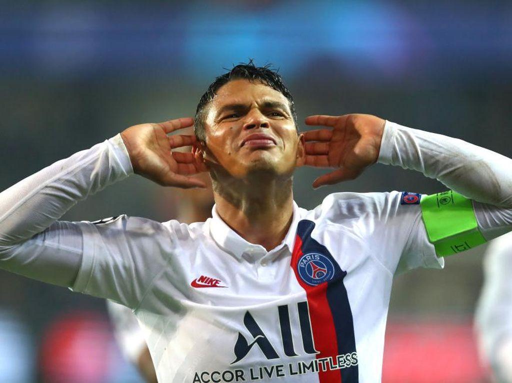 Thiago Silva Masih Ingin Main di Klub Top Eropa, Siapa Mau?