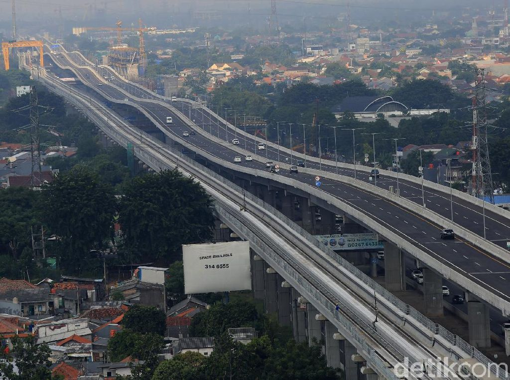 Ingat! Tol Jakarta-Cikampek Layang Mulai Berbayar, Ini Rincaiannya