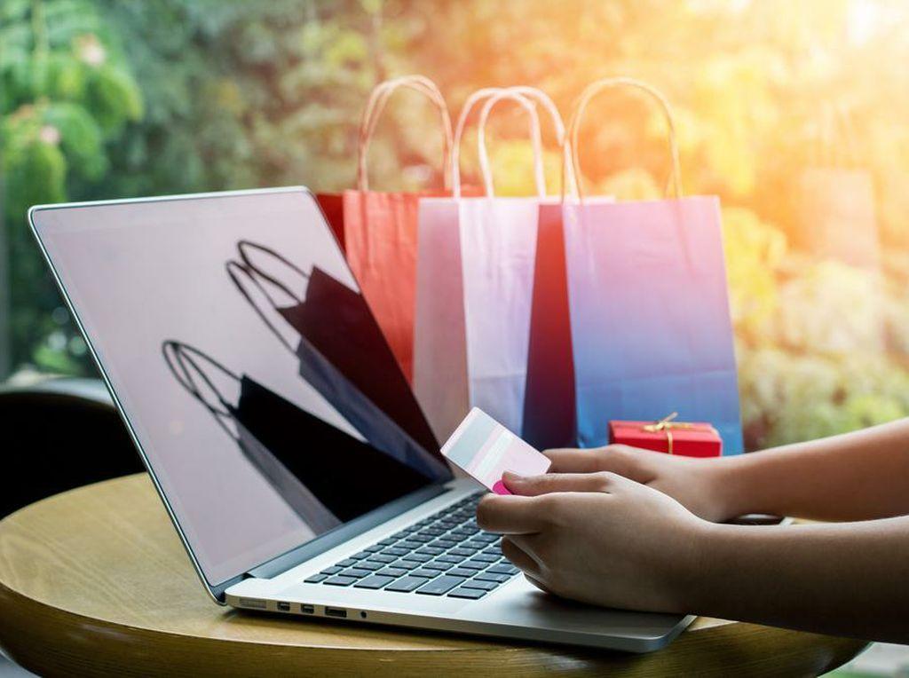 Mau Belanja Online, Mending Lewat Medsos atau Marketplace?