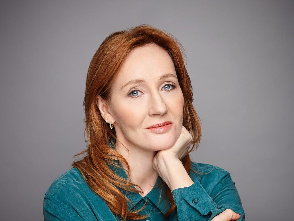 Gegara Cuitan Antitransgender, 4 Penulis Tinggalkan Agen Sastra JK Rowling