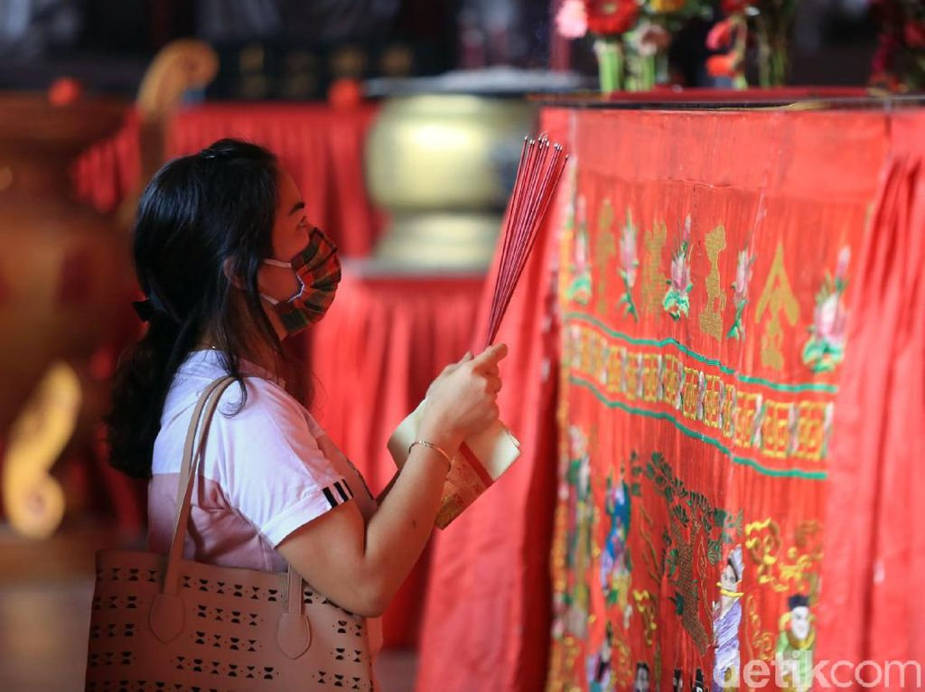 Vihara Dharma Bhakti Tutup, Warga yang Hendak Sembahyang Dilanjut Besok