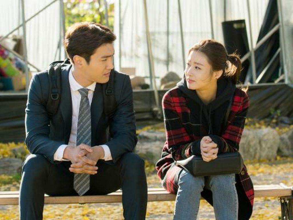 Sinopsis Revolutionary Love Episode 6, Jun Tak Percaya Pengakuan Hyuk