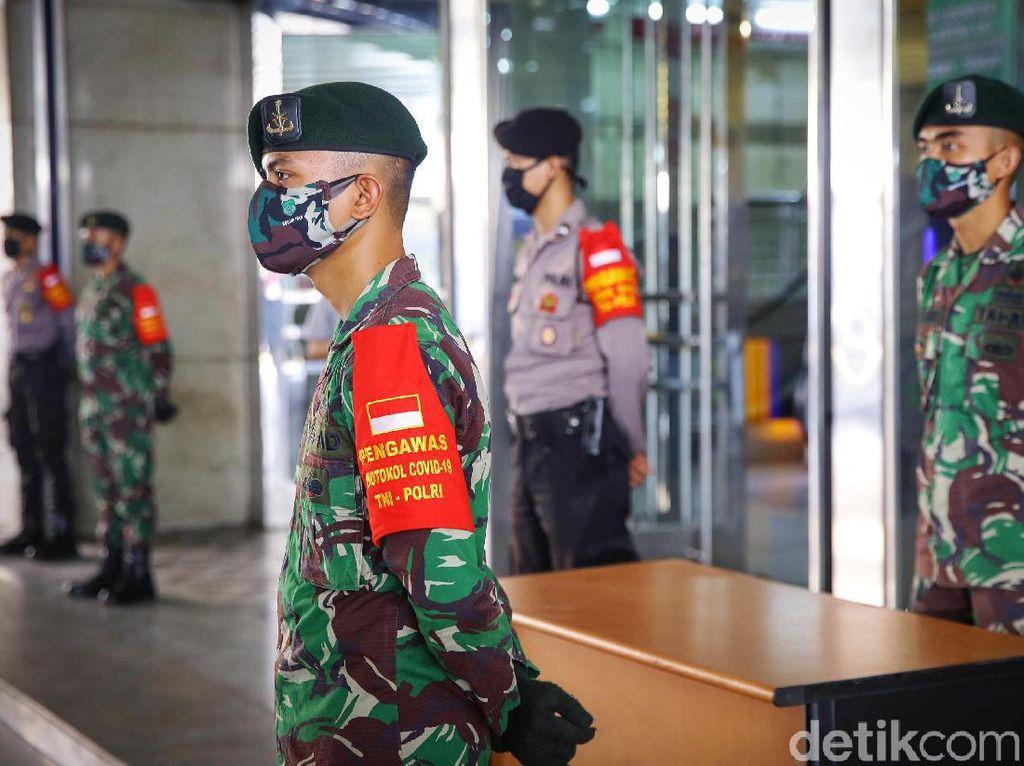 Survei Indikator: Tingkat Kepuasan ke TNI-Polri di Atas KPK